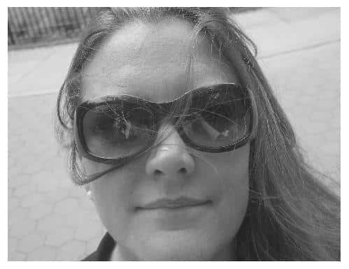 Picture of indie author Ashley Barron